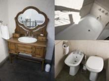 A lovely 2 bedroom apartment is for rent